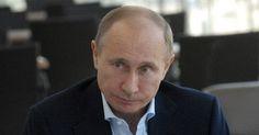 Опоздания российского президента превратились в легенду, и журналисты  из кремлевского пула рассказывают, что им часто приходится ждат...