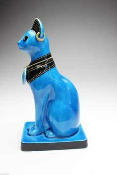 cat statue with necklace blings department pinterest cat statue