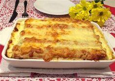 sós töltött palacsinta Hungarian Recipes, Hungarian Food, Lasagna, Pancakes, Food And Drink, Pizza, Cheese, Ethnic Recipes, Cukor