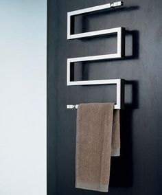 Browse 48 images of Bathroom Towel Shelf. Discover suggestions as well as inspiration for Shower room Towel Rack to include in your own home. The post Really Inspiring Bathroom Towel Racks Ideas appeared first on Best Pins for Yours. Bathroom Towel Rails, Bathroom Shelves For Towels, Towel Shelf, Shower Towel, Bathroom Rack, Bad Inspiration, Bathroom Inspiration, Bathroom Images, Small Bathroom