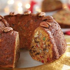 Ever So Easy Fruitcake from Eagle Brand® Sweetened Condensed Milk Holiday Baking, Christmas Baking, Christmas Kitchen, Christmas Buffet, Christmas Brunch, Mincemeat Fruitcake Recipe, Fruitcake Cookies, Dessert Cake Recipes, Just Desserts