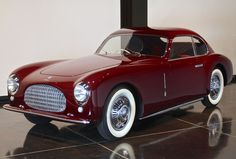 "What a beaut! :: The Petersen Auto Museum's ""Sculpture in Motion"""