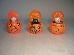Vintage Halloween Squeeky Pumpkin Pop Up-Toys !!