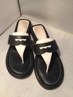 9B Land's End Navy Blue and Cream Leather Thong Sandal Penny Slide #LandsEnd #TStrap