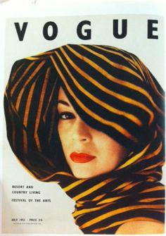 ~ vintage vogue cover ~ Jean Patchett