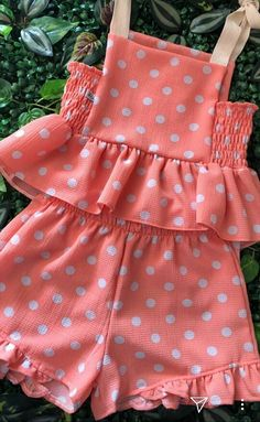 Kids Dress Wear, Kids Outfits Girls, Little Girl Dresses, Girl Outfits, Baby Girl Dress Design, Baby Girl Dress Patterns, Baby Girl Fashion, Toddler Fashion, Kids Fashion