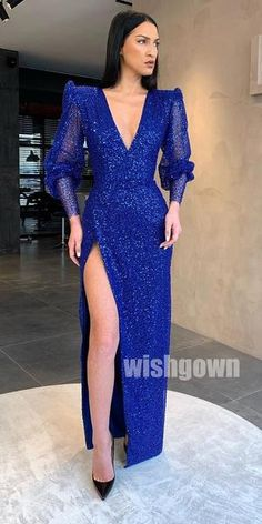 Royal Blue V-neck Long Sleeves Split Long Prom Dresses - Royal Blue V-neck Long Sleeves Split Long Prom Dresses – Wish Gown Source by raedelarey - Classy Gowns, Elegant Dresses, Sexy Dresses, Prom Dresses, Formal Dresses, Summer Dresses, Modest Dresses, Wedding Dresses, Royal Blue Gown