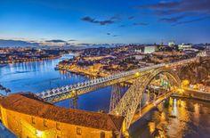Rio Douro... com Porto e Gaia nas suas margens.  Armando Tavares
