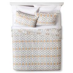 Mudhut™ Seville Quilt Set -- for summer covering