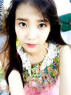 IU new selcas in Wando Korean Star, Korean Girl, Asian Girl, Iu Hair, Watch Korean Drama, Steve Harvey, K Pop Star, Korean Entertainment, Beautiful Voice