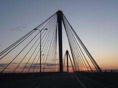 The Alton Bridge across the Mississippi River from Alton, IL to St. Louis, MO - Feb, 2009