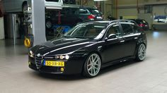 Loving this 159 wagon Alfa Romeo 159 Sportwagon, Alfa 159, Carros Bmw, Alfa Romeo 156, Car Throttle, Station Wagon, Cars And Motorcycles, Luxury Cars, Heisenberg