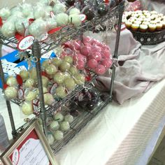 Cake pops! By Adair Weddings