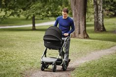 Like all Stokke® strollers, the carry cot and seat positions of new All Terrain Stokke® Trailz™ lift your baby higher to encourage connection between parent and child.
