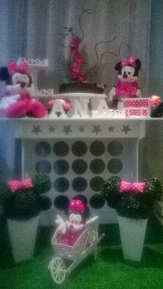 Li Vieira Artesanato: Decoração de Festa  Minnie Pink