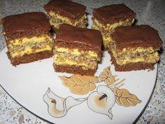 Prajitura care a innebunit planeta! Focaccia Bread Recipe, Bread Recipes, Cookie Recipes, Romanian Desserts, Romanian Food, Potluck Desserts, Food Cakes, Coco, Sweet Tooth