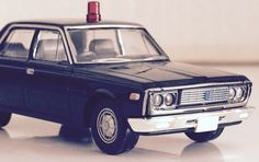 Tomica Limited Vintage. Toyopet unmarked police car