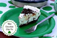 Mommy's Kitchen - Old Fashioned & Southern Style Cooking: St. Patrick's Day Mint Chocolate Chip Ice Cream Pie #saintpatricksday @Kristi Mongognia