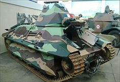 12 self-propelled howitzer were built on the basis of captured French FCM 36 light tanks in It is unsure they served in Normandy in the summer of 1944 French Armed Forces, Ww1 Tanks, Self Propelled Artillery, Armored Fighting Vehicle, French Army, World Of Tanks, Military Weapons, Red Army, German Army