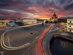 Синий мост, Исаакиевский собор, река Мояка, город, крыши, закат