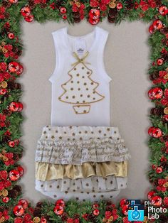 Christmas Gold Ruffled Bum Diaper Set Size 0-6 months by Ozbods on Etsy