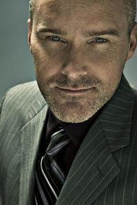 Interview with Roger Craig Smith, voice of Sonic the Hedgehog and Captain America