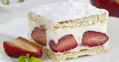 This classic British Victoria sponge cake is fit for a royal. Works well with a cup of tea and great company. Use 2 cake tins, greased and lined. Strawberry Icebox Cake, Fresh Strawberry Cake, Icebox Cake Recipes, Victoria Sponge Cake, Sandwiches, Paleo, Cake Tins, Food Cakes, How To Make Cookies