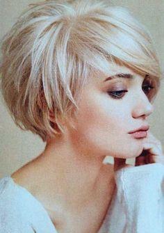 Best 25+ Short layered hairstyles