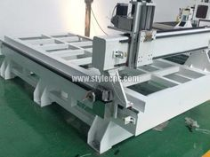 The second detailed picture of Aluminum composite panel cutting cnc router with big size 2040
