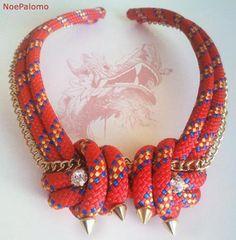 collar dragón  cadena metálica,nylon,cristal cosido manual