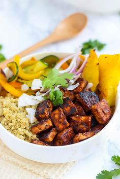 Vegan Hawaiian BBQ Tofu Bowls packed with flavor and crispy tofu! [Guest post by Emilie Eats] fitmittenkitchen.com