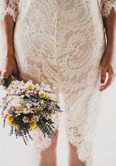 A SYDNEY POLO CLUB WEDDING: BELINDA + RICHARD... Flowers are Aaamazing