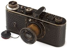 Leica - World's Most Expensive Camera This beautiful vintage camera is currently the world's most expensive camera. The WestLicht camera auction in Vienna on Saturday sets. Leica Camera, Camera Gear, Expensive Camera, Most Expensive, Antique Cameras, Vintage Cameras, Leica Appareil Photo, Euro, Photo Deco
