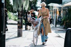 stockholm-fashion-week-street-style-2015-03 http://www.vogue.com/slideshow/13298974/stockholm-fashion-week-street-style-spring-2016/#1