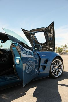 This is one of a series of pictures I took a at the 2011 Spring Autocross event held by the Palm Springs Corvette Club. Pictures do not do this car justice. Corvette Zr1, Take That, Vehicles, Car, Pictures, Automobile, Photos, Cars, Vehicle