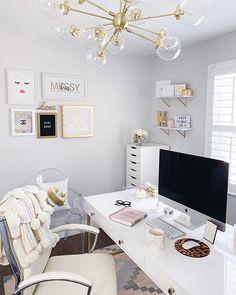 Home Office Desk Organization Bureaus 61 Ideas Chic Office Decor, Cozy Home Office, Home Office Space, Office Workspace, Home Office Desks, Office Inspo, Office Ideas, Office Chairs, Workspace Inspiration