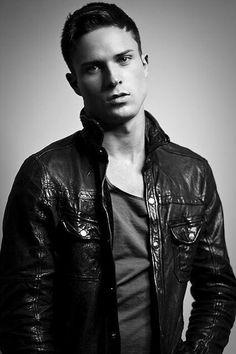 Gay Leather, Skins & Scallies : Photo