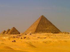 Surviving Egyptian scams at the Giza Pyramids