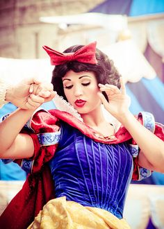 Snow White | Disney Park Face Characters