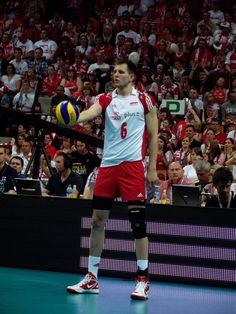 Bartosz Kurek Volleyball Players, Sports Stars, Haikyuu, Poland, Basketball Court, Passion, Men, Volleyball, Sports