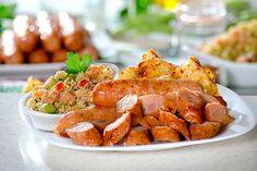 Linguiça Tropical: Receita feita com linguiça de frango, abacaxi e uma deliciosa farofa de legumes! Vale a pena experimentar! http://receitasshow.net/linguica-tropical/