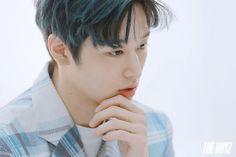 THE BOYZ 뷰티쁠(BEAUTY+) 8월호 화보 비하인드 : 네이버 포스트 Hyun Jae, Lee Sung, Anniversary Photos, Picture Credit, Baby Daddy, Handsome Boys, Korean Actors, I Love Him, Boy Groups