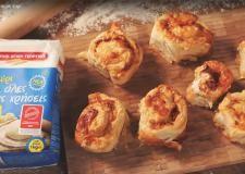 Συνταγές με Video | alevri.com Meat, Chicken, Recipes, Food, Recipies, Essen, Meals, Ripped Recipes, Yemek