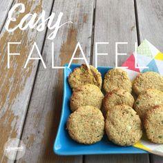 Falafel al forno: ricetta semplice e rapida, con i ceci secchi ammollati oppure con i ceci in barattolo di vetro. Adatti anche ai bambini.
