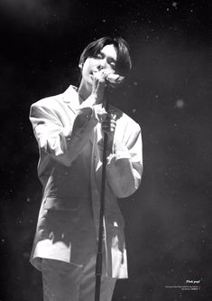 """n a m i on Twitter: """"All versions is a must have stuffs for this 🙃🙃🙃 #solo #jinu #kimjinu #yg #winner #김진우 #진우 #위너… """" Kang Seung Yoon, Song Mino, Kim Jin, Joker, Tours, Twitter, Fictional Characters, Beautiful, Concerts"""