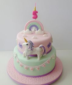 Pastel Unicorn - Cake by funni Cupcakes, Cupcake Cakes, Cake Factory, Cake Board, Fancy Cakes, Cake Tutorial, Party Drinks, Unicorn Party, Baby Shower Cakes