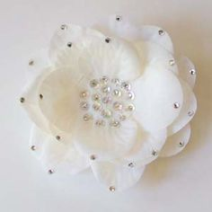 Accessories :: Hair Accessories :: Ivory Embellised Clip - Princess Boutique - Flower girl, Page Boy, Communion & Special Occasion Wear
