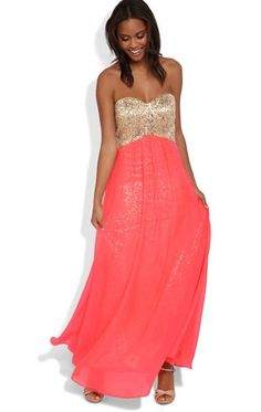 Strapless Long Prom Dress with Sequin Bodice and Soft Chiffon Skirt. Prom, or one of the weddings this summer? Deb Dresses, Cute Dresses, Beautiful Dresses, Formal Dresses, Homecoming Dresses Long, Strapless Prom Dresses, Peach Gown, Coral Dress, Chiffon Skirt
