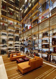 903939b0904b Louis Vuitton Store London Bond Street Louis Vuitton Store by Peter Marino