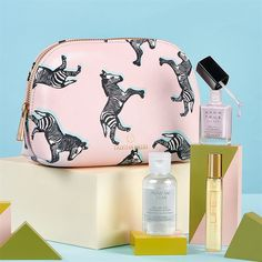 Tabatha Webb Cosmetic bag teamed up with Avon's Designer Beauty Set